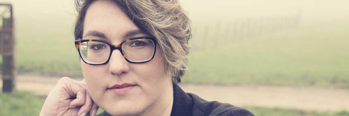 Jestem zagorzałą fanką thrillerów - wywiad z Moniką Dworak